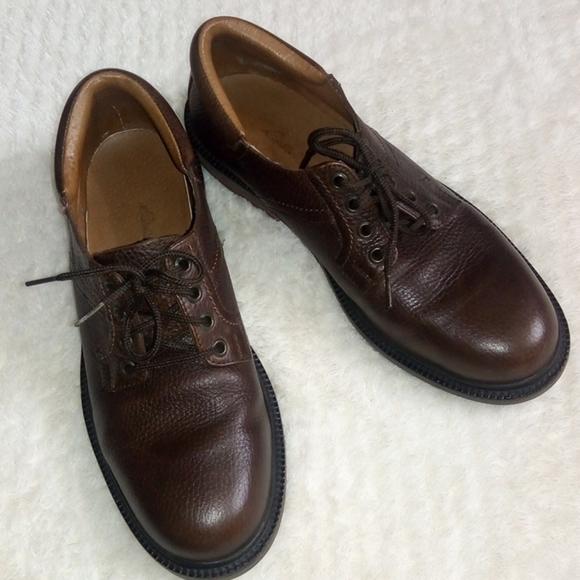 Eddie Bauer Other - Eddie Bauer Leather shoes